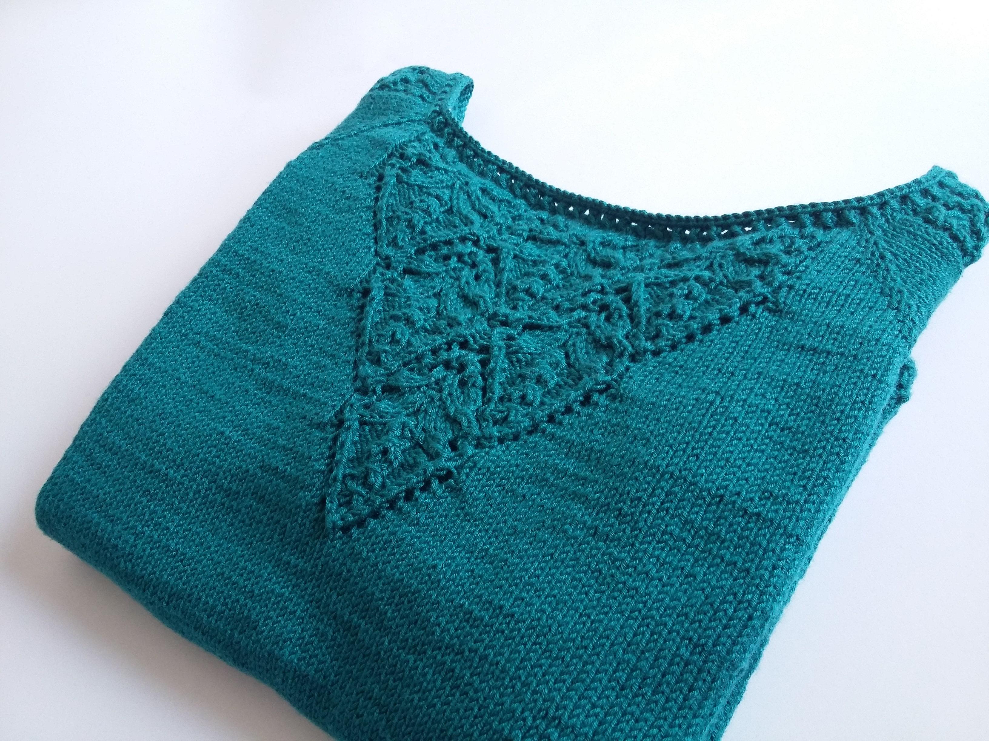 Sweterek z włóczki Mercan